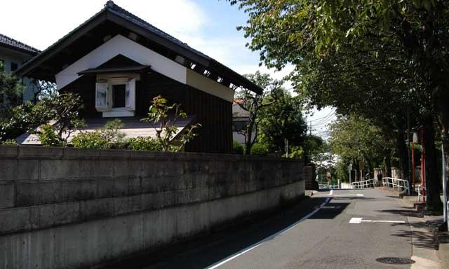 Tachikawa08